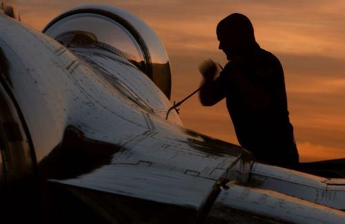 jet aircraft maintenance