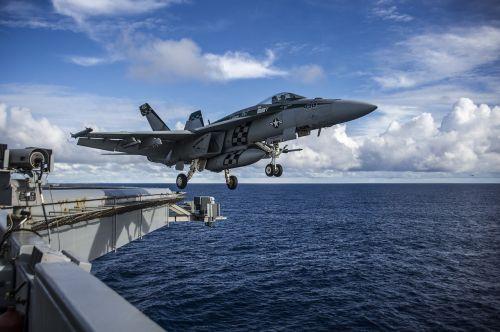jet aircraft takeoff