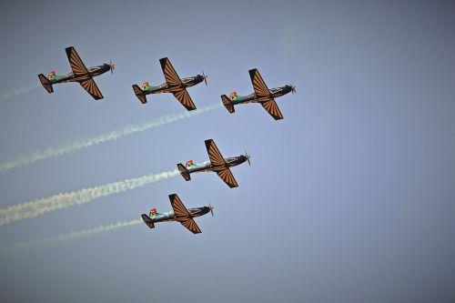 jet aircraft formation aircraft jet