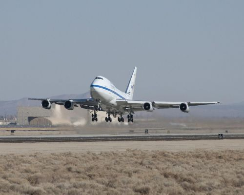 jetliner takeoff boeing 747sp