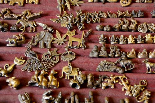 jewellery trailers brass
