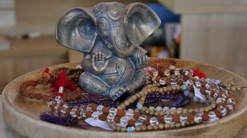 jewellery chains bracelets