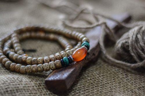 jewellery linen wood