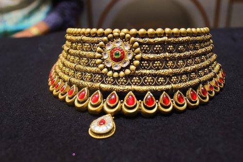 jewellery  chokker  gold