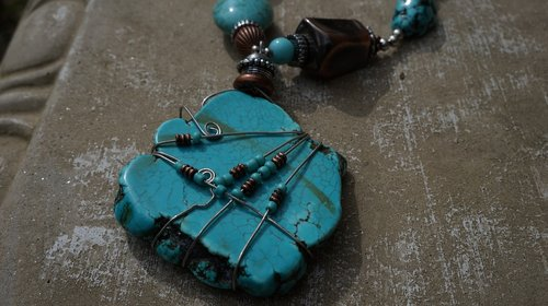 jewelry  stone  necklace