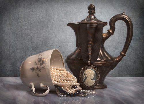 jewelry  coffee pot  coffee cup