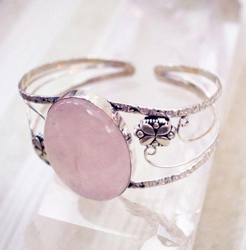 jewelry rose quartz pink