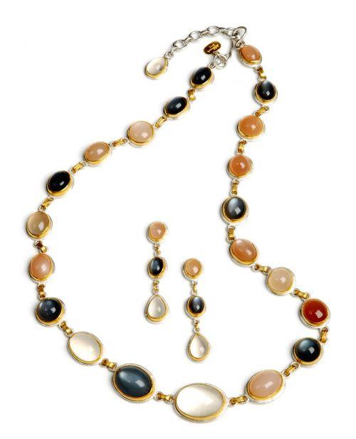 necklace earrings jewelry