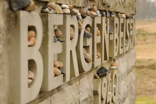jewish genocide memorial bergen beljen bergenbelsen