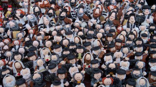 jews figurines memory