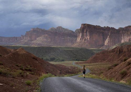 jogger landscape scenic