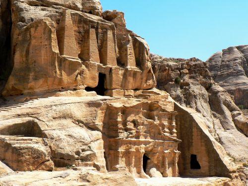 jordan petra tombs