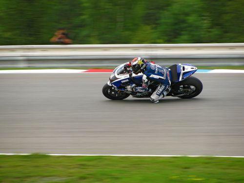 Jorge Lorenzo,Yamaha,lenktynės,lenktyninis dviratis,greitis,sportas,Grand Prix,lenktynių trasa,Brno,motociklas,variklis,varikliai,grandinė,lenktynės,trasa,rasės,varzybos