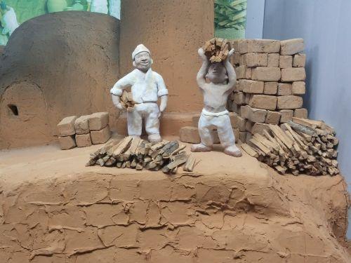 joseon dynasty porcelain earthenware figurines