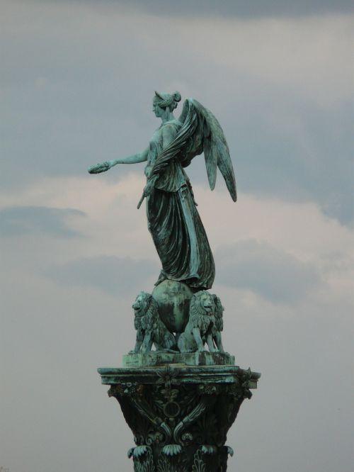 jubilee column stuttgart schlossplatzfest