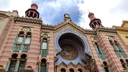 jubilee synagogue  prague  jewish