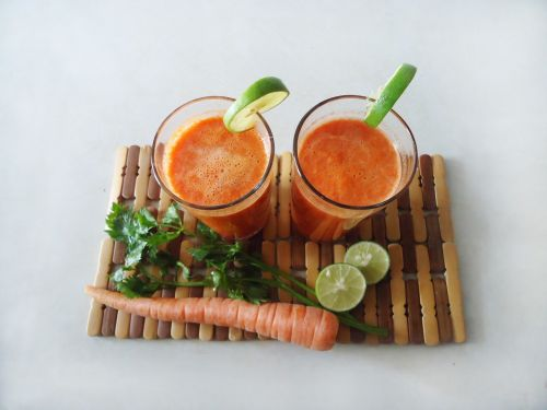 juice carrot drink