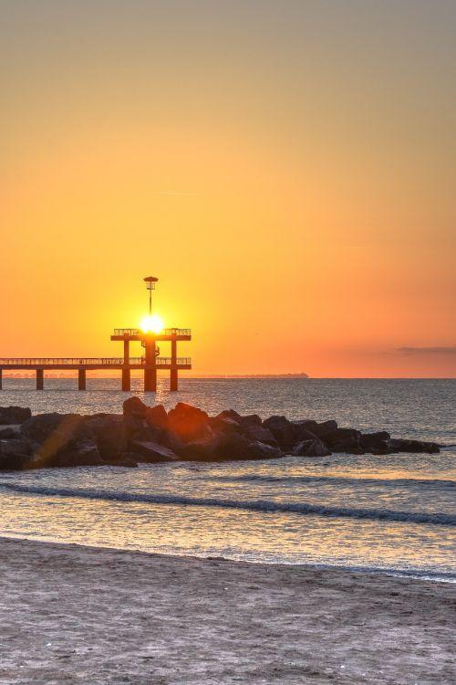 july morning sea sun
