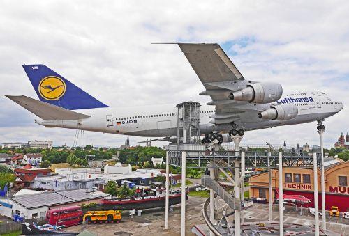 jumbo jet boeing 747 lufthansa