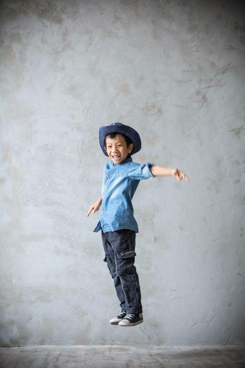 jump boy happy