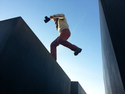 jump leap photographer