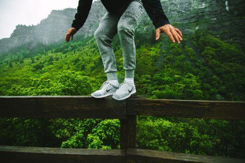 jump leap perch