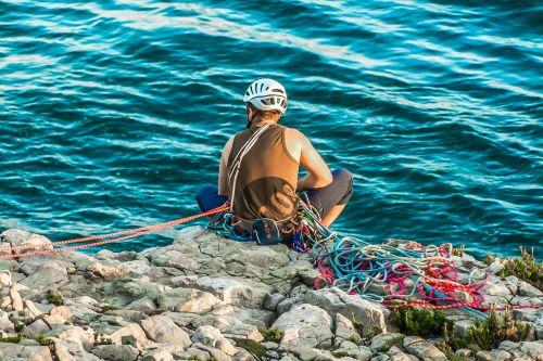 jurassic coast climbing sea