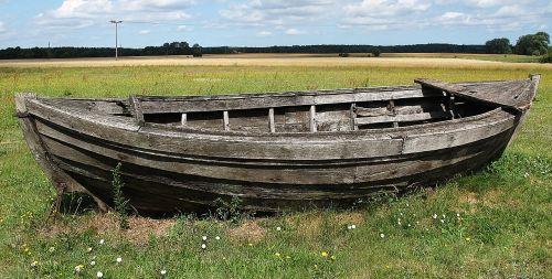 kahn boot wooden boat