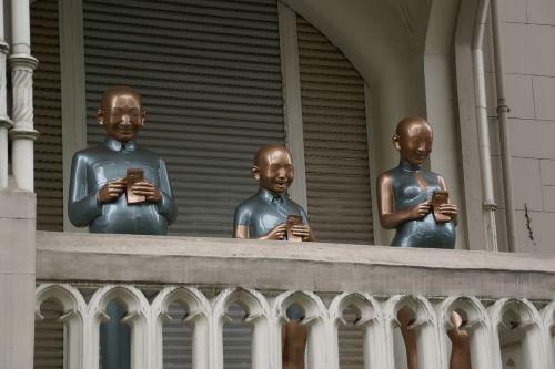 kaiser friedrich ring wiesbaden figures