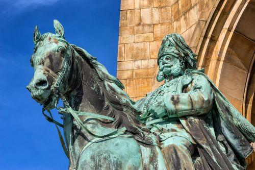 kaiser wilhelm monument hagen