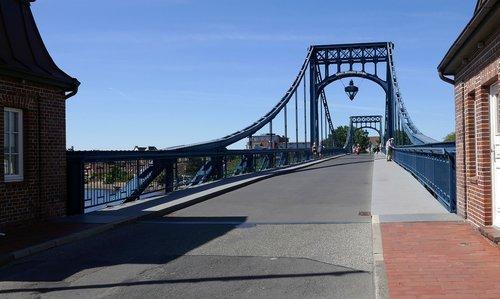 kaiser wilhelm bridge  wilhelmshaven  building
