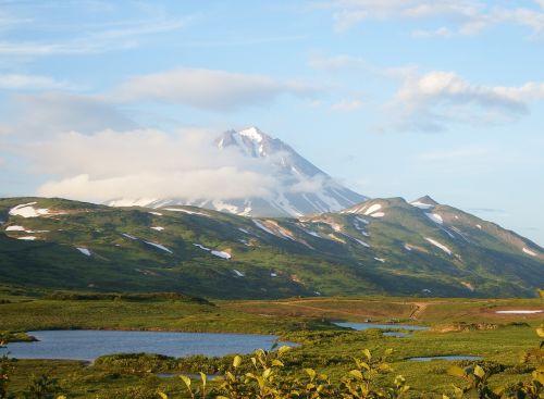 kamchatka mountain plateau volcano