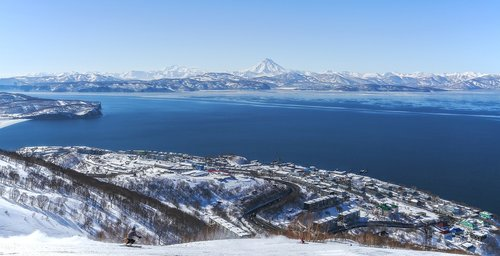 kamchatka  bay  winter