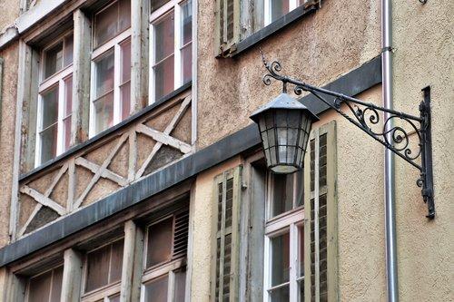 kamienica  old houses  lantern
