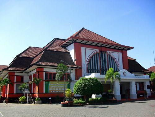 kantor pos surabaya jawa timur