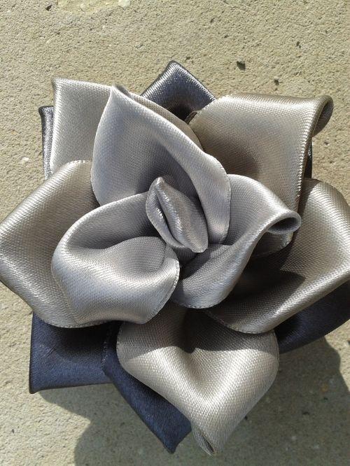 kanzashi rose grey