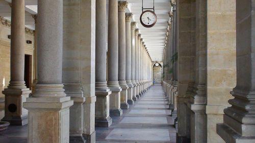 karlovy vary millstone colonnade portico