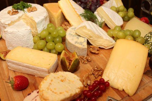 käseplatte cheese buffet