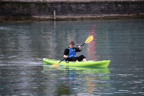 kayak lake paddle