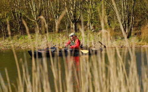 kayak fishing lake fishing