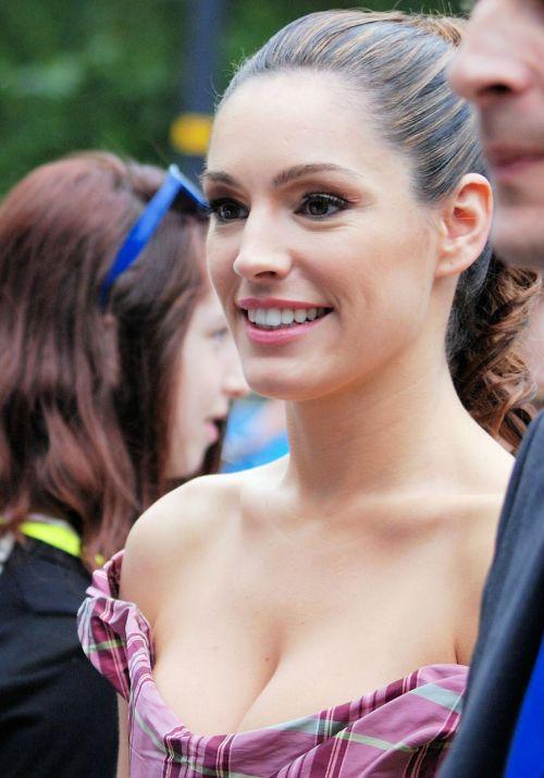 kelly brook model actress