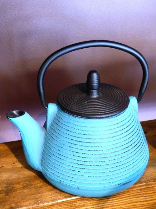 kettle teapot cast iron