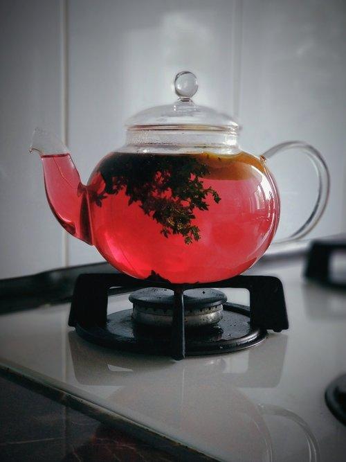 kettle  glass  tea