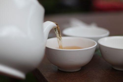 kettle hot tea
