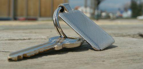 key keychain metal