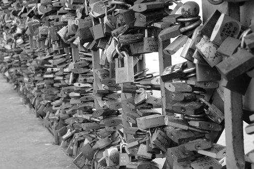 key  by wlodek  castle