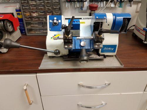 key cutting machine key service machine