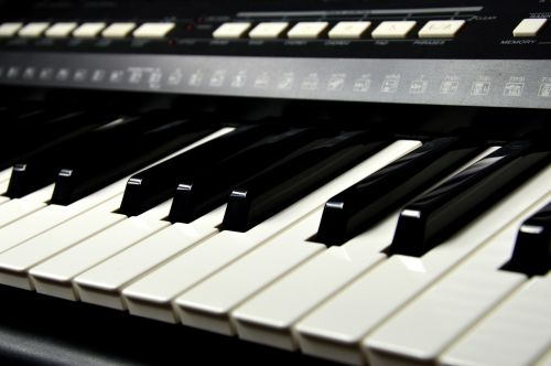 keyboard piano keys
