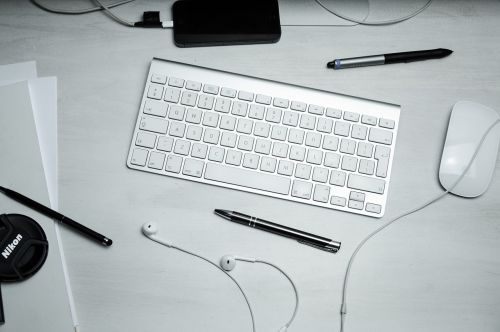 keyboard mouse pens