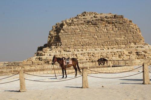 khufu  pyramid  ancient